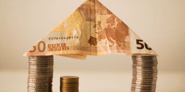 bank-notes-budget-capitalism-12619
